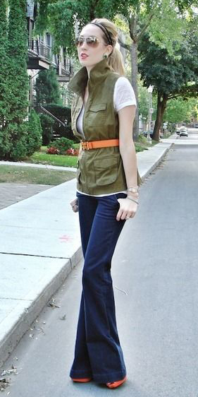 blue-navy-flare-jeans-belt-blonde-head-pony-sun-green-olive-vest-utility-white-tee-fall-winter-lunch.jpg