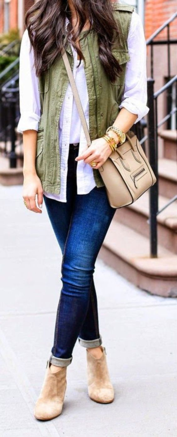 blue-navy-skinny-jeans-tan-shoe-booties-white-collared-shirt-brun-tan-bag-green-olive-vest-utility-fall-winter-weekend.jpg
