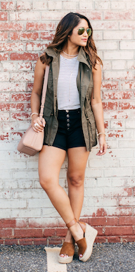 black-shorts-tan-bag-hairr-sun-green-olive-vest-utility-cognac-shoe-sandalw-spring-summer-weekend.jpg