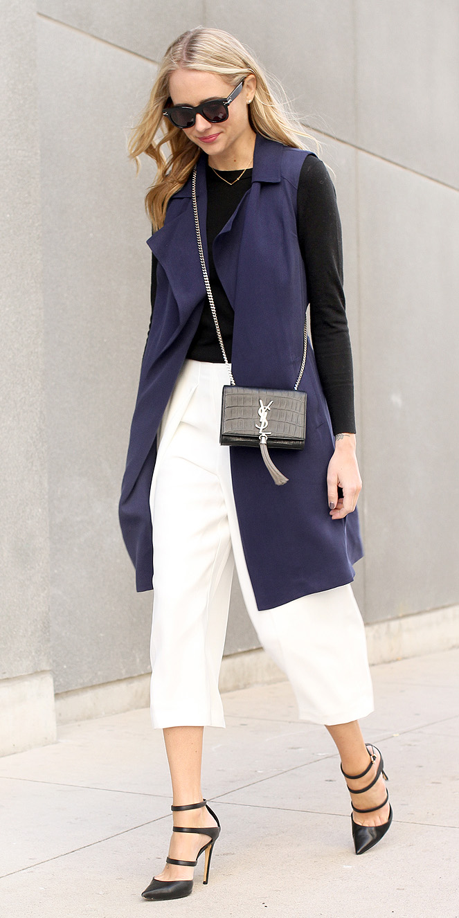 white-culottes-pants-black-shoe-pumps-blue-navy-vest-utility-trench-blonde-sun-black-tee-black-bag-fall-winter-lunch.jpg