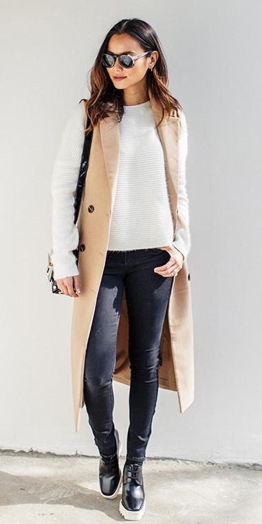 black-skinny-jeans-white-sweater-tan-vest-tailor-brun-sun-black-bag-black-shoe-brogues-fall-winter-weekend.jpg