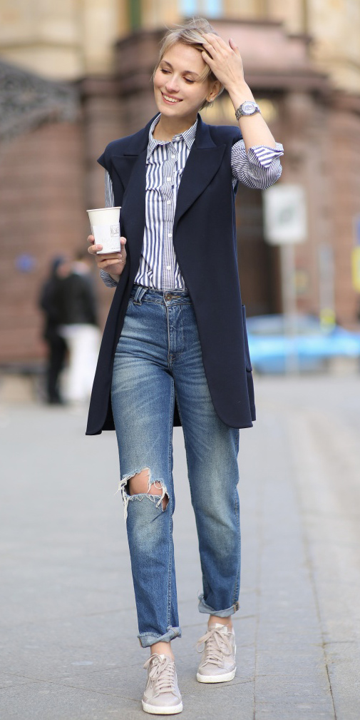 blue-med-boyfriend-jeans-blue-navy-collared-shirt-stripe-blue-navy-vest-tailor-blonde-wear-spring-summer-outfit-white-shoe-sneakers-lunch.jpg