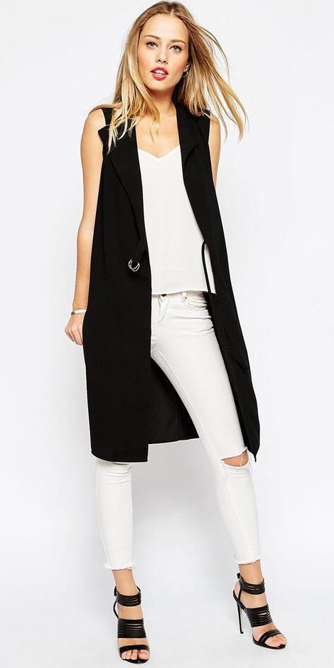 white-skinny-jeans-white-cami-style-fashion-spring-summer-black-vest-tailor-black-shoe-sandalh-rip-blonde-dinner.jpg
