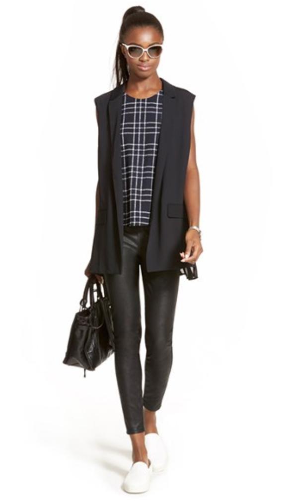 black-leggings-blue-navy-top-wear-style-fashion-fall-winter-black-vest-tailor-white-shoe-sneakers-brun-black-bag-sun-pony-lunch.jpg