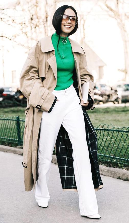 white-flare-jeans-green-emerald-sweater-turtleneck-brun-sun-white-shoe-booties-tan-jacket-coat-trench-fall-winter-lunch.jpg