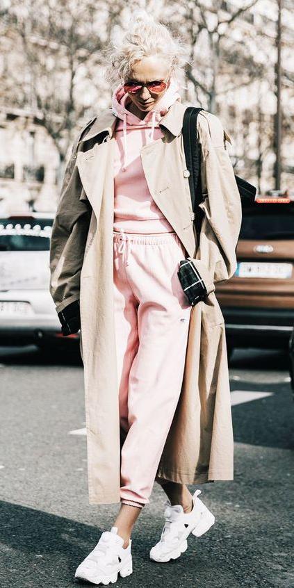 pink-light-joggers-pants-pink-light-sweater-sweatshirt-blonde-bun-sun-white-shoe-sneakers-tan-jacket-coat-trench-spring-summer-weekend.jpg