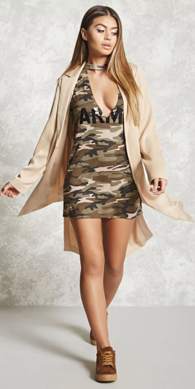 green-olive-graphic-tee-camoflauge-tan-jacket-coat-trench-cognac-shoe-sneakers-fall-winter-hairr-lunch.jpg
