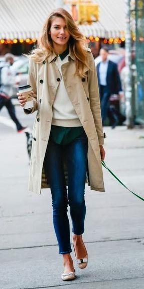 blue-navy-skinny-jeans-white-sweater-layer-green-dark-collared-shirt-tan-shoe-flats-blonde-tan-jacket-coat-trench-fall-winter-weekend.jpg