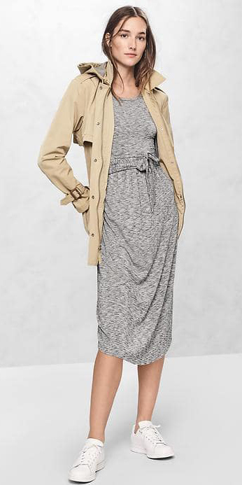grayl-dress-tan-jacket-coat-trench-white-shoe-sneakers-gap-17-aline-howtowear-fashion-style-outfit-spring-summer-hairr-weekend.jpg