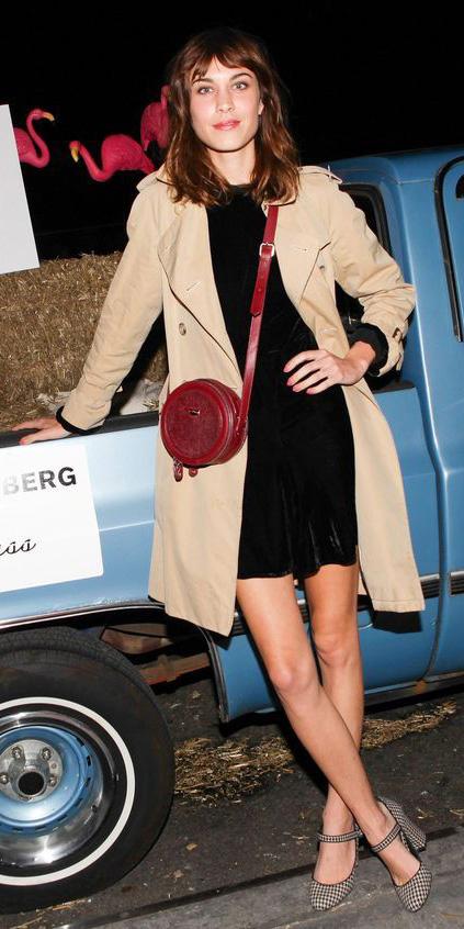 black-dress-mini-hairr-red-bag-alexachung-tan-jacket-coat-trench-fall-winter-dinner.jpg