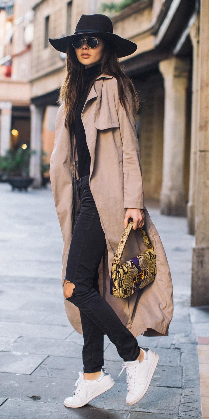 black-skinny-jeans-white-shoe-sneakers-sun-hat-yellow-bag-black-tee-turtleneck-hairr-tan-jacket-coat-trench-fall-winter-weekend.jpg