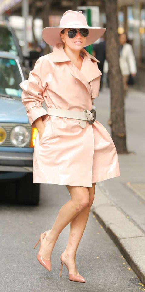 peach-shoe-pumps-belt-sun-hat-mono-ladygaga-peach-jacket-coat-trench-spring-summer-lunch.jpg