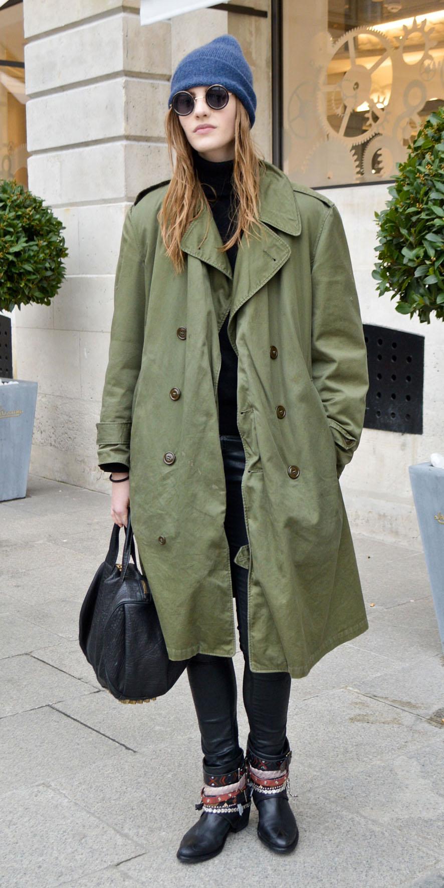 black-skinny-jeans-black-bag-beanie-sun-hairr-black-shoe-booties-green-olive-jacket-coat-trench-fall-winter-weekend.jpg