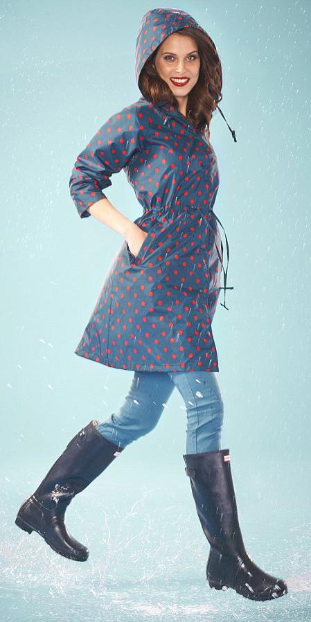blue-navy-jacket-coat-trench-dot-hairr-black-shoe-boots-rain-wellies-fall-winter-weekend.jpg