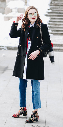 blue-med-skinny-jeans-black-shoe-booties-embroidered-trench-sun-black-jacket-coat-fall-winter-hairr-lunch.jpg