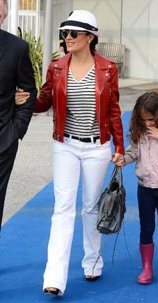white-flare-jeans-black-tee-stripe-belt-red-jacket-moto-brun-sun-hat-panama-salmahayek-spring-summer-weekend.jpg