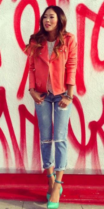 blue-light-boyfriend-jeans-brun-red-jacket-moto-green-shoe-pumps-aimeesong-fall-winter-lunch.jpg
