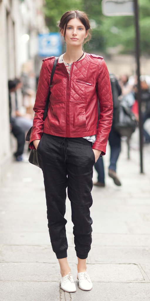 black-joggers-pants-bun-red-jacket-moto-fall-winter-hairr-weekend.jpg