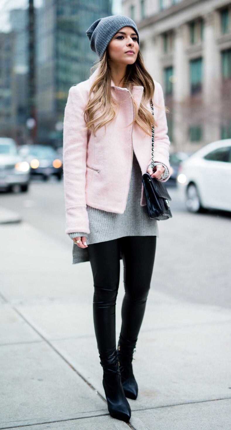 black-leggings-grayl-sweater-tunic-pink-light-jacket-moto-beanie-black-bag-black-shoe-booties-leather-howtowear-fashion-style-outfit-hairr-fall-winter-weekend.jpg