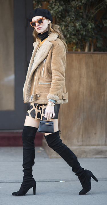 tan-mini-skirt-print-shearling-beret-hat-sun-black-shoe-boots-otk-tan-jacket-moto-fall-winter-hairr-lunch.jpg