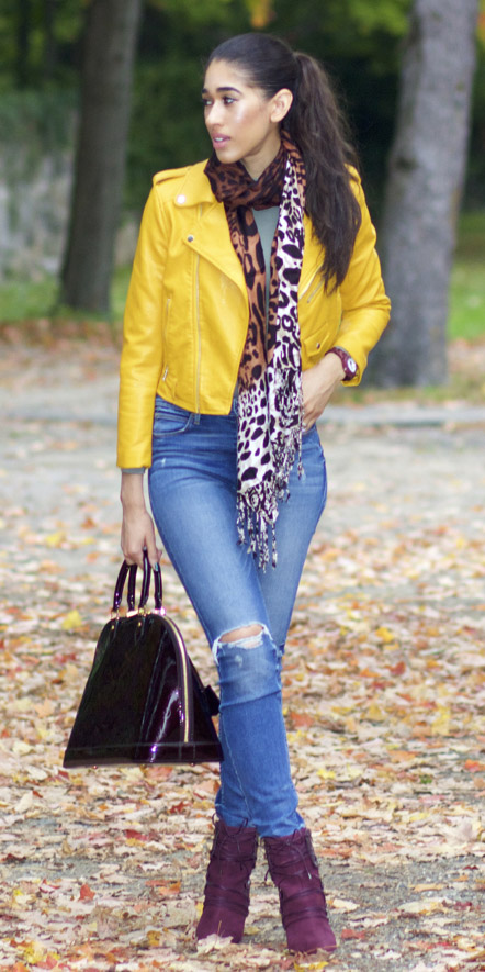 blue-med-skinny-jeans-brown-scarf-print-pony-purple-shoe-booties-purple-bag-yellow-jacket-moto-fall-winter-brun-lunch.jpg