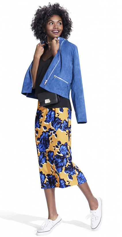 yellow-midi-skirt-floral-print-black-tee-blue-med-jacket-moto-black-bag-mini-white-shoe-sneakers-howtowear-fashion-style-outfit-spring-summer-brun-lunch.jpg