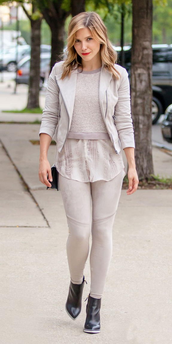 grayl-leggings-grayl-sweater-mono-grayl-jacket-moto-black-shoe-booties-sophiabush-fall-winter-hairr-lunch.jpg