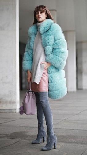 peach-mini-skirt-white-sweater-turtleneck-blue-light-jacket-coat-fur-hairr-gray-shoe-boots-otk-pastel-fall-winter-lunch.jpg