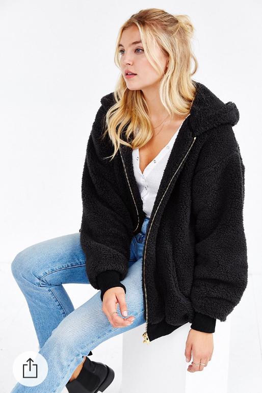 blue-light-skinny-jeans-white-tee-howtowear-style-fashion-fall-winter-black-jacket-coat-hoodie-fur-fuzz-black-shoe-booties-blonde-weekend.jpg