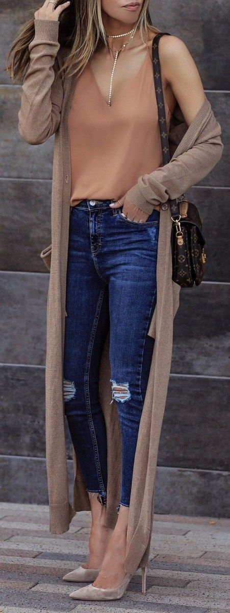 blue-navy-skinny-jeans-camel-cami-tan-cardiganl-necklace-blonde-brown-bag-tan-shoe-pumps-fall-winter-lunch.jpg