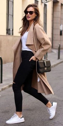 black-skinny-jeans-white-tee-o-tan-cardiganl-white-shoe-sneakers-sun-black-bag-howtowear-fashion-style-outfit-hairr-spring-summer-weekend.jpg