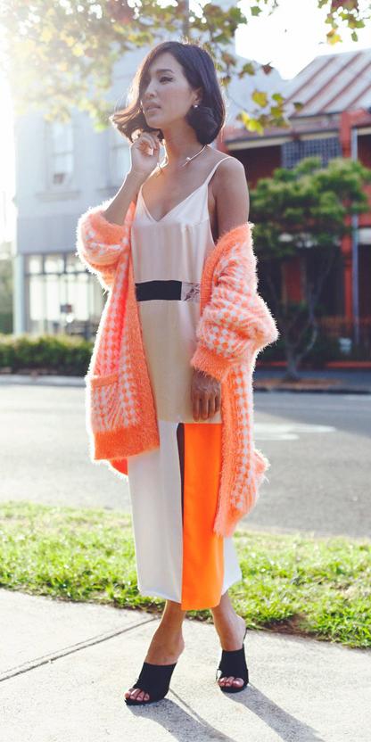 white-dress-slip-orange-cardiganl-black-shoe-sandalh-mules-necklace-howtowear-fall-winter-brun-lunch.jpg