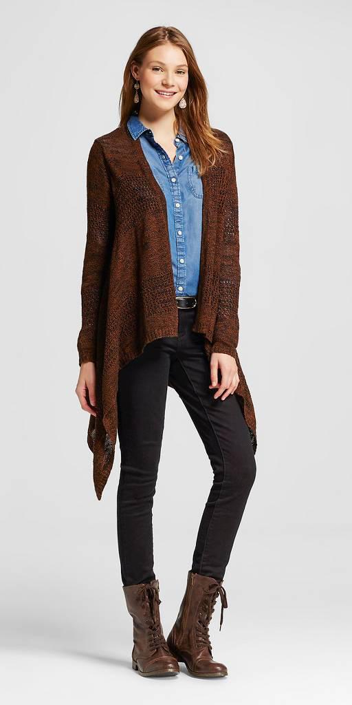 black-skinny-jeans-blue-light-collared-shirt-howtowear-style-fashion-fall-winter-brown-shoe-booties-earrings-brown-cardiganl-waterfall-belt-hairr-lunch.jpg