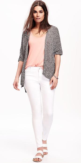 white-skinny-jeans-pink-light-tee-howtowear-style-fashion-spring-summer-grayl-cardiganl-white-shoe-sandals-brun-weekend.jpg