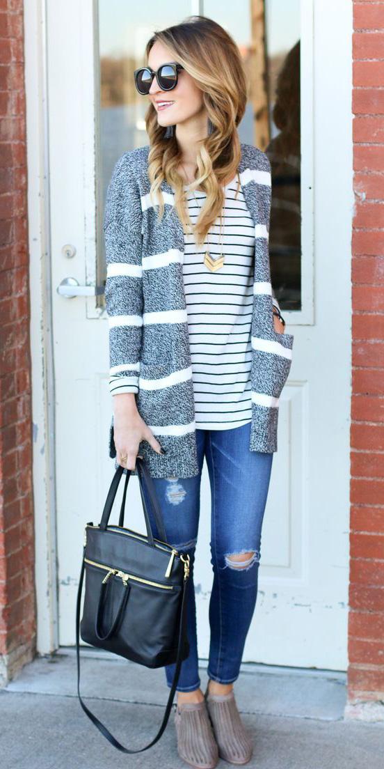 blue-navy-skinny-jeans-tan-shoe-booties-grayl-cardiganl-stripe-blonde-sun-necklace-pend-fall-winter-weekend.jpg