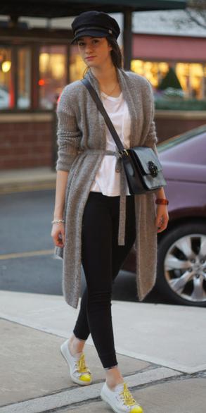 black-skinny-jeans-white-tee-black-bag-grayl-cardiganl-hat-hairr-white-shoe-sneakers-fall-winter-weekend.jpg