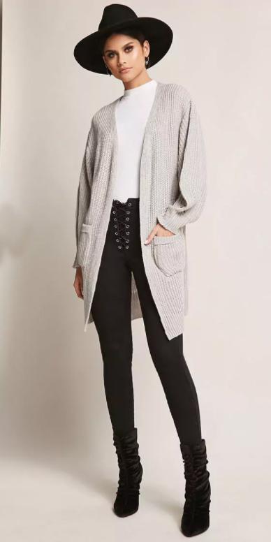 black-leggings-white-tee-black-shoe-booties-hat-pony-grayl-cardiganl-fall-winter-brun-lunch.jpg
