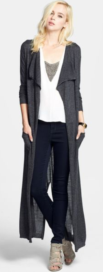 blue-navy-skinny-jeans-white-top-tan-shoe-sandalh-howtowear-fashion-style-outfit-fall-winter-duster-grayd-cardiganl-blonde-weekend.jpg