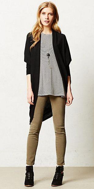 green-olive-skinny-jeans-black-tee-stripe-black-cardiganl-black-shoe-booties-necklace-pend-howtowear-fashion-style-outfit-blonde-fall-winter-weekend.jpg