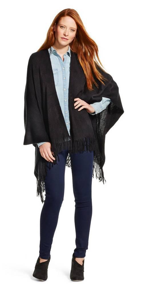 blue-navy-skinny-jeans-blue-light-collared-shirt-style-fashion-fall-winter-black-cardiganl-black-shoe-booties-hairr-lunch.jpg