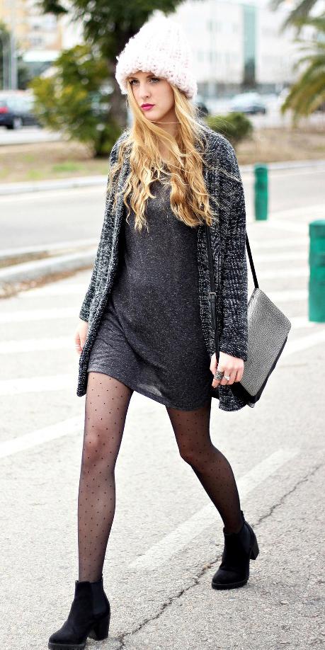 how-to-style-grayd-dress-tshirt-black-cardiganl-blonde-beanie-black-tights-black-shoe-booties-fall-winter-fashion-weekend.jpg