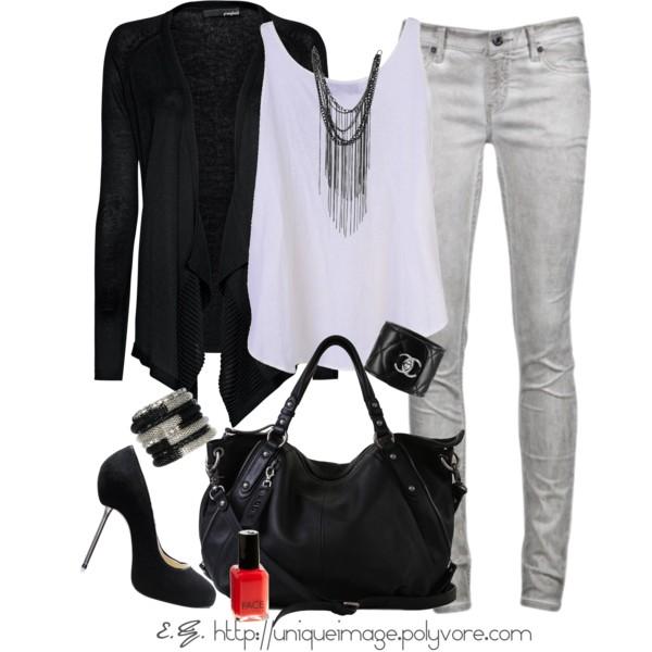 grayl-skinny-jeans-white-top-tank-necklace-black-cardiganl-black-bag-nail-black-shoe-pumps-bracelet-howtowear-fashion-style-outfit-spring-summer-dinner.jpg