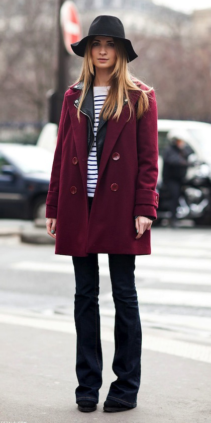 blue-navy-flare-jeans-black-tee-stripe-black-jacket-moto-burgundy-jacket-coat-peacoat-hat-blonde-black-shoe-booties-howtowear-fashion-style-outfit-stockholm-street-lunch.jpg
