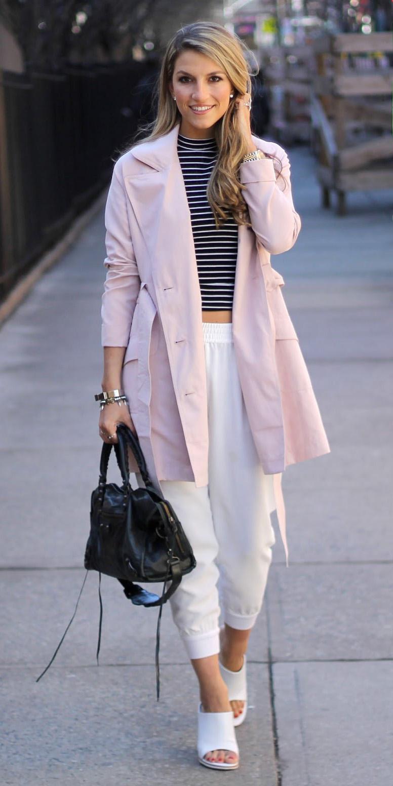 white-joggers-pants-blonde-white-shoe-sandalh-black-bag-black-tee-stripe-pink-light-jacket-coat-trench-spring-summer-lunch.JPG
