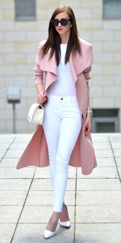 white-skinny-jeans-white-tee-white-bag-white-shoe-pumps-sun-pink-light-jacket-coat-spring-summer-hairr-lunch.jpg