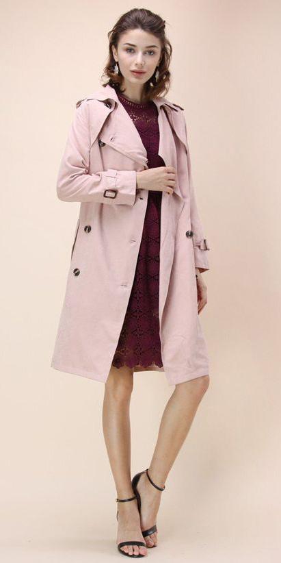 burgundy-dress-shift-hairr-black-shoe-sandalh-pink-light-jacket-coat-trench-spring-summer-dinner.jpg