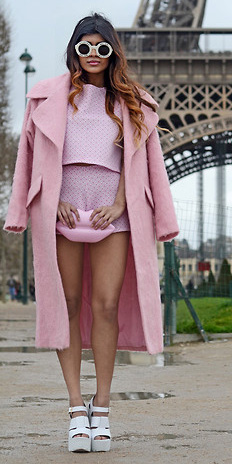 pink-light-shorts-pink-light-top-pink-bag-clutch-sun-white-shoe-sandalw-pink-light-jacket-coat-spring-summer-hairr-lunch.jpg