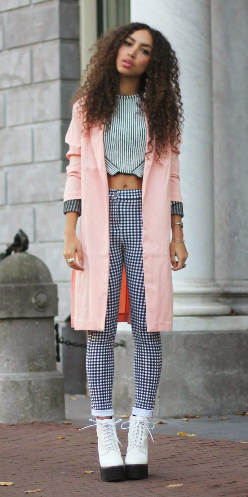 blue-navy-skinny-jeans-gingham-print-mix-white-shoe-booties-pink-light-jacket-coat-fall-winter-brun-lunch.jpg