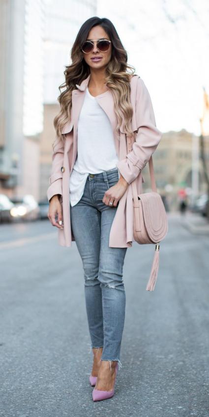 grayl-skinny-jeans-white-tee-sun-hairr-pink-bag-pink-shoe-pumps-pink-light-jacket-coat-trench-spring-summer-lunch.jpg