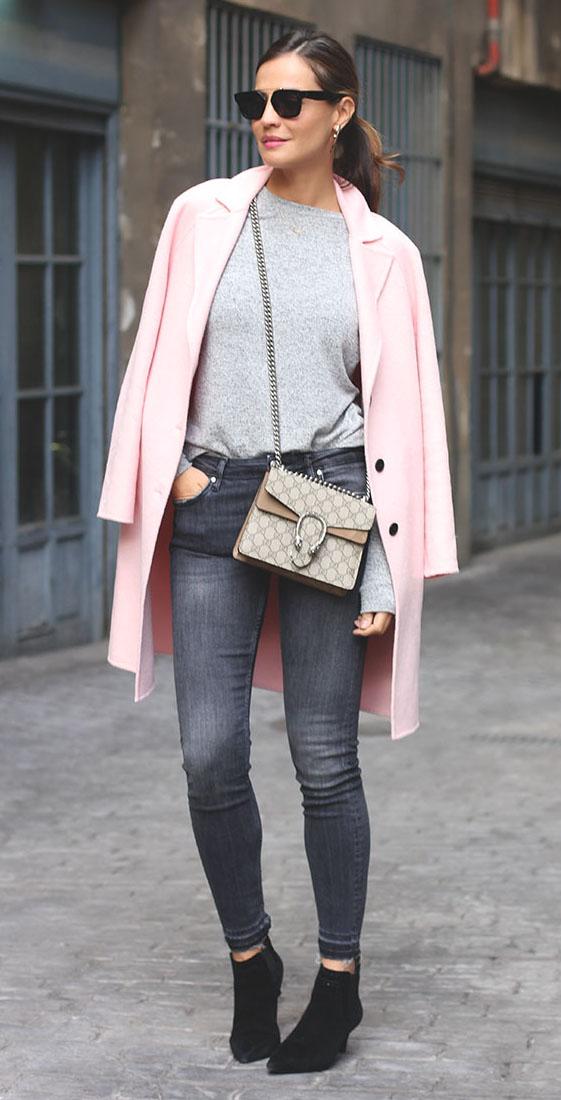 grayd-skinny-jeans-grayl-tee-pink-light-jacket-coat-tan-bag-sun-pony-black-shoe-booties-howtowear-fashion-style-outfit-fall-winter-hairr-weekend.jpg